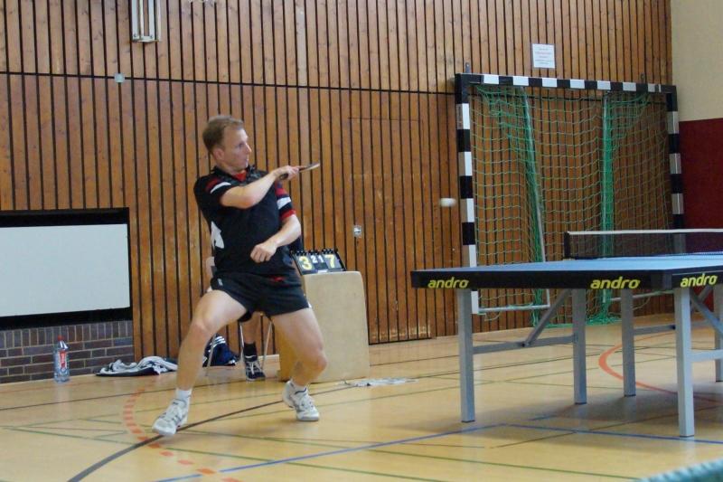 osc-vs-hundsmuehlen-erste-herren-tischtennis-2015-017