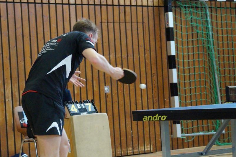 osc-vs-hundsmuehlen-erste-herren-tischtennis-2015-019