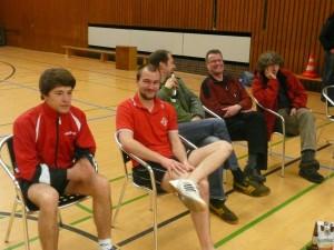 Werden Ende August wieder nebeneinander sitzen: Jan-Eike und Justus (Foto vom Spiel OSCII gegen Nortrup am 5.3.2010)