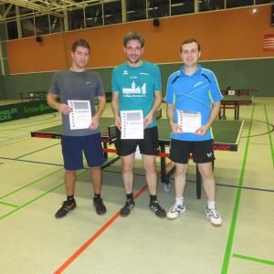 Herren 2-Einzel: Sieger Jan-Hendrik Mons, Zweiter Markus Wernsing (SSC Dodesheide) und Dritter Valentin Hein (VfR Voxtrup), (Foto: Ralf Schrick)